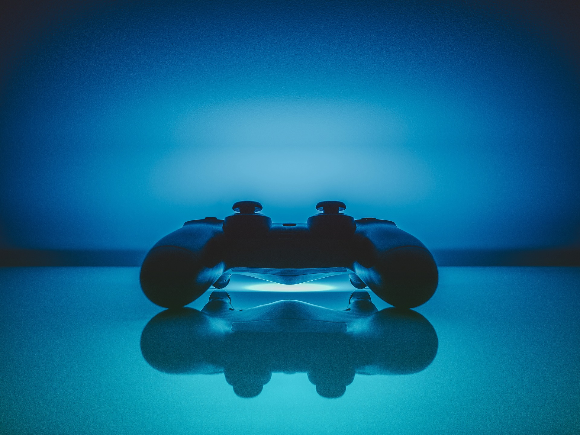 Pro Gamers Give Points of PlayStation 4 Over Xbox One